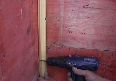 Установка пластиковых стеновых панелей своими руками 82