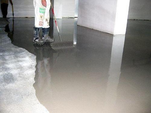 Самовыравнивающийся наливной пол какой лучше гидроизоляция рулонным материалом